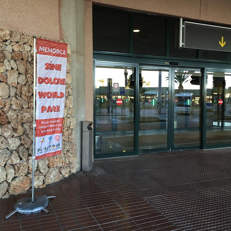 Cartel-SDWP-en-el-Aeropuerto-de-Menorca